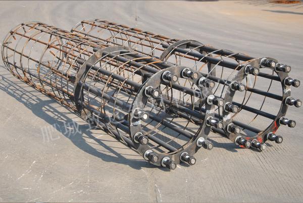 大弯矩底部法兰盘电杆基础骨架