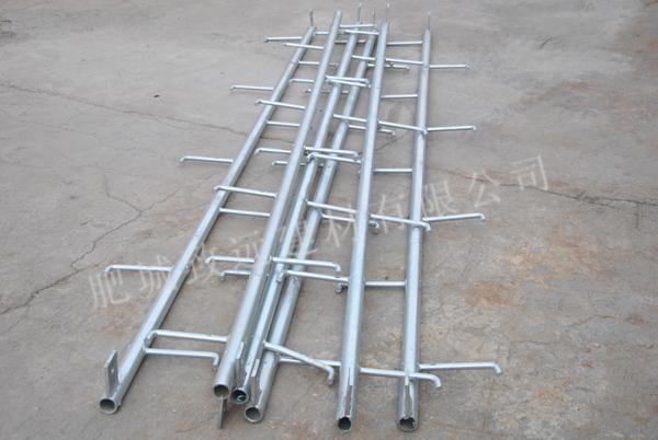 大弯矩底部法兰盘电杆配套爬梯